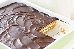 Easy Peanut Butter & Chocolate Eclair Dessert Recipe