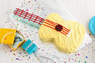 Strum-Along Guitar Cake Recipe