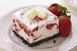 Carrés glacés à la mousse aux fraises et au chocolat blanc recette