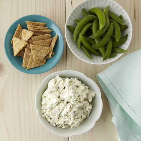 TRISCUIT Cool & Creamy Crab Dip Recipe