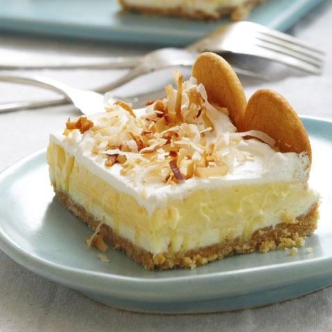 Layered Coconut Cream Cheesecake Bars Recipe