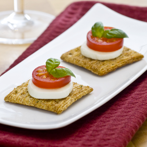 TRISCUIT Caprese Recipe