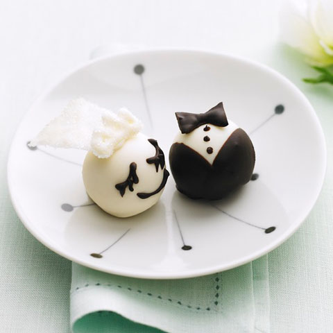 Bride & Groom OREO Cookie Balls Recipe