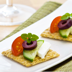TRISCUIT Greek Salad Recipe