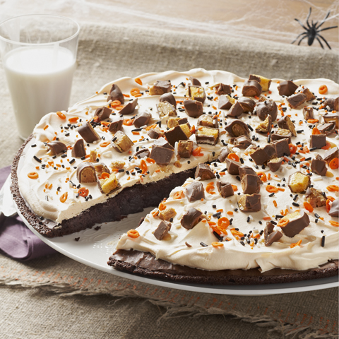 CADBURY Fun Treats Bats & Bones Brownie Pizza Recipe