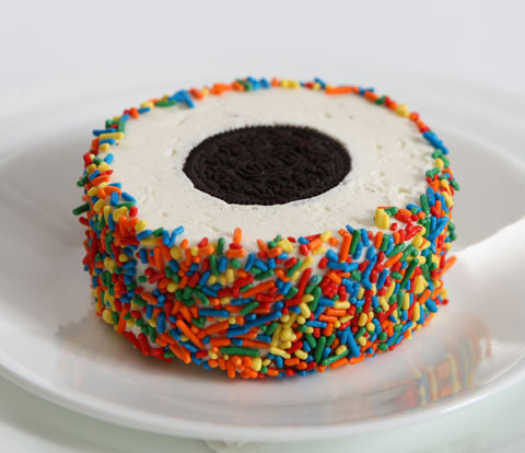 Mini Ice Cream Cakes Made with OREO Cookies Recipe