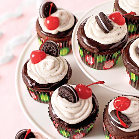 Petits gâteaux d'anniversaire aux biscuits OREO recette