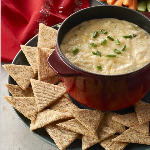 TRISCUIT avec trempette chaude au crabe et au fromage Recipe