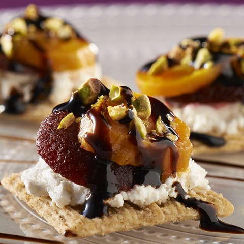 TRISCUIT Beet & Goat Cheese Topper Recipe