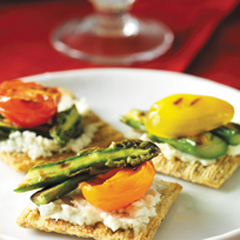 TRISCUIT Grilled Tomato & Asparagus Topper Recipe