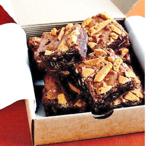Brownies avec morceaux de biscuits et de DAIRY MILK recette