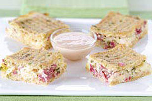 TRISCUIT® Reuben Bites Recipe