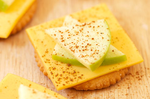 Apple & Cheese Snacks Recipe