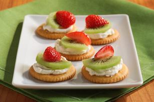 Creamy Fruit-Topped RITZ Recipe