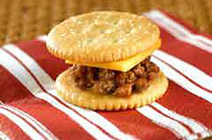RITZ®-y Bitsy Cheeseburgers Recipe