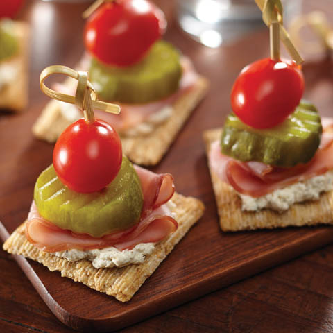 Herbed Cheese & Ham TRISCUIT Toppers Recipe