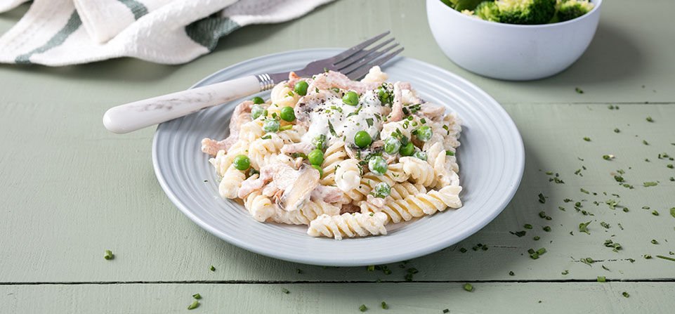 Philadelphia Creamy Bacon and Mushroom Pasta