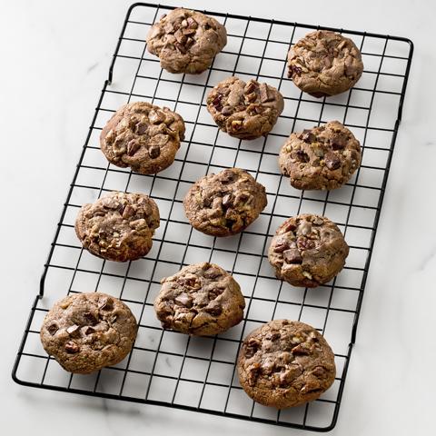 Biscuits tendres au chocolat et aux morceaux de chocolat DAIRY MILK recette