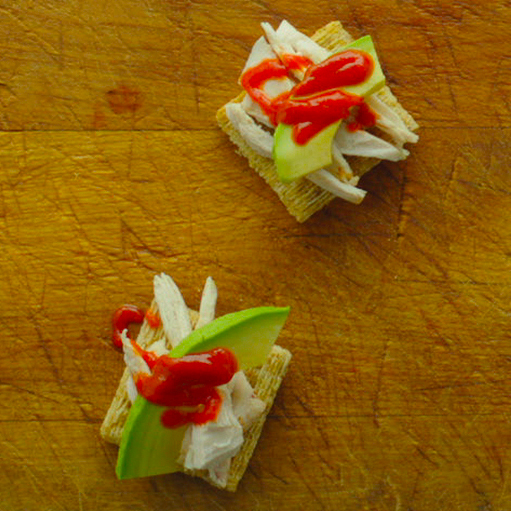 Sriracha Chicken TRISCUIT Bites Recipe