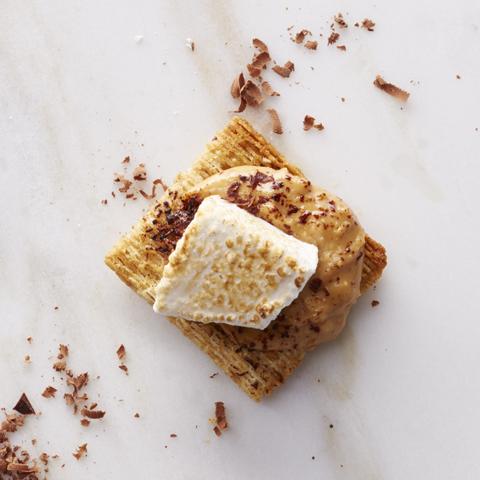 Bouchées TRISCUIT au beurre d'arachide, au chocolat et à la guimauve recette