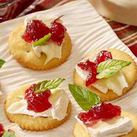 Cranberry-Cheese Bites Recipe