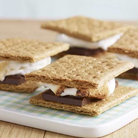 Classic HONEY MAID S'mores Recipe