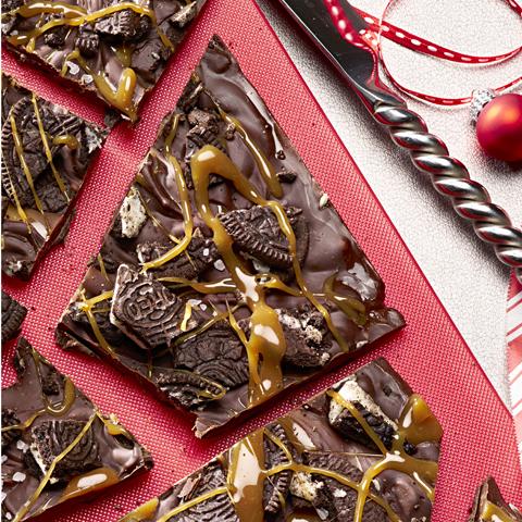 Écorce aux biscuits OREO et caramel salé recette