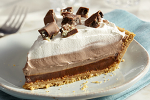 OREO Chocolate Candy Bar Pudding Pie Recipe