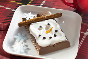 MILKA OREO Big Crunch Bar Snowmen Recipe
