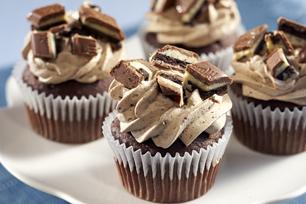 OREO Big Crunch Bar Cupcakes Recipe