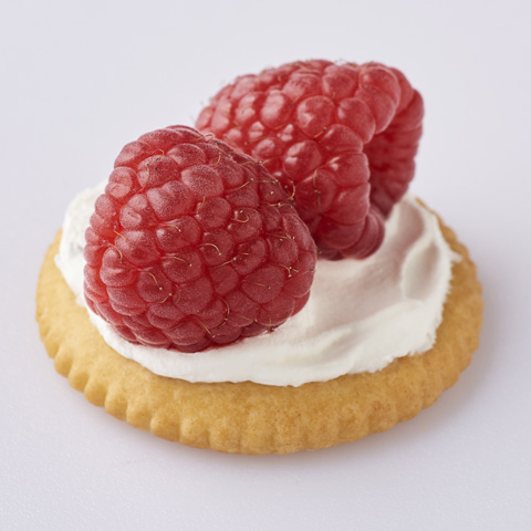 RITZ Berries and Creme Toppers Recipe