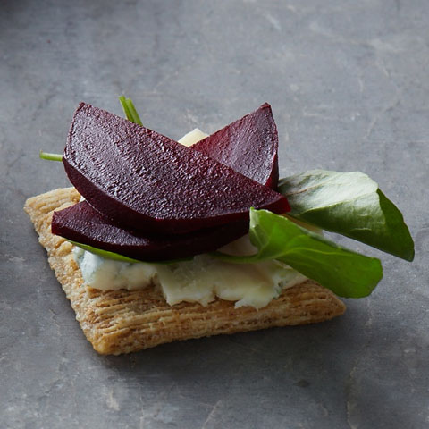 TRISCUIT Beets & Blue Toppers Recipe