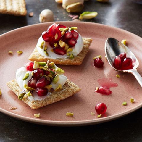 Pistachio-Yogurt TRISCUIT Bites Recipe
