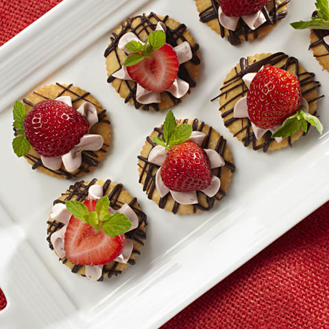 "RITZ Strawberry-Chocolate ""Tarts"" Recipe"