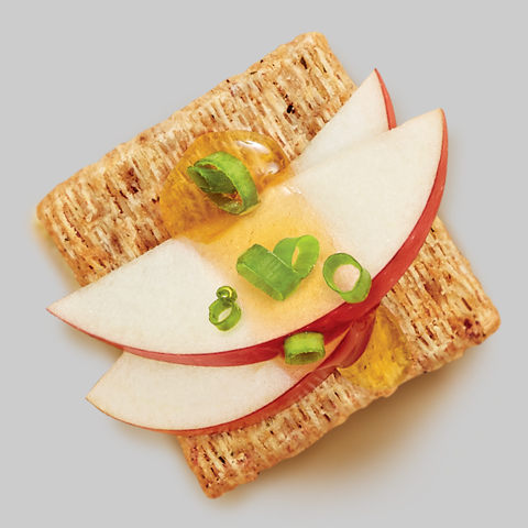 TRISCUIT Apple, Honey & Green Onion Topper Recipe