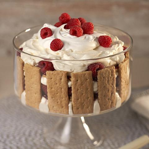 "HONEY MAID Holiday ""Cream Puff"" Trifle Recipe"