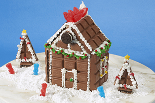 OREO Big Crunch Holiday House Recipe
