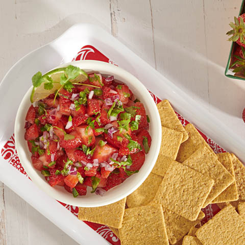 WHEAT THINS Strawberry Salsa Recipe