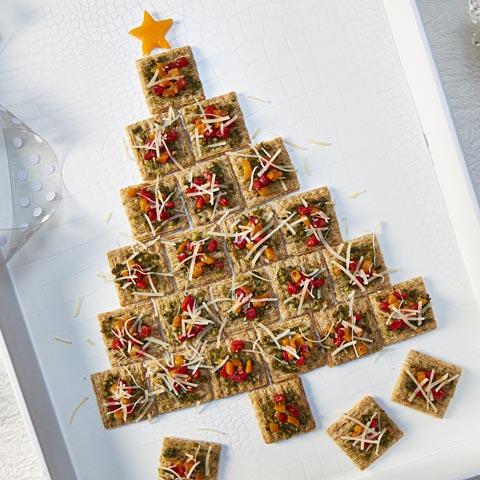 TRISCUIT Pesto Holiday Tree Recipe