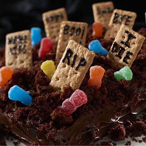 Gâteau «Cimetière» SOUR PATCH KIDS  Recipe