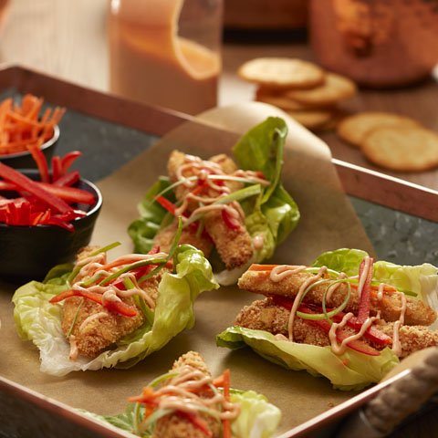 RITZ Sriracha-Chicken Lettuce Wraps Recipe