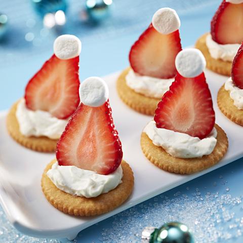 Tuques de Père-Noël aux fraises RITZ  recette