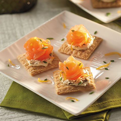 TRISCUIT Smoked Salmon Toppers Recipe