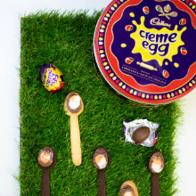 creme egg & spoon race