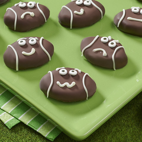 OREO Game-Face Cookie Balls Recipe