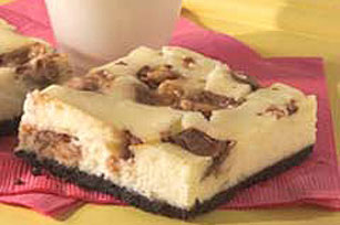 Candy Bar Cheesecake Squares Recipe