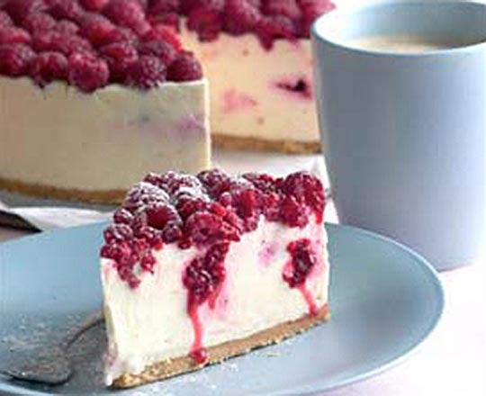 White Chocolate and Raspberry Cheesecake Everyday Delicious Kitchen