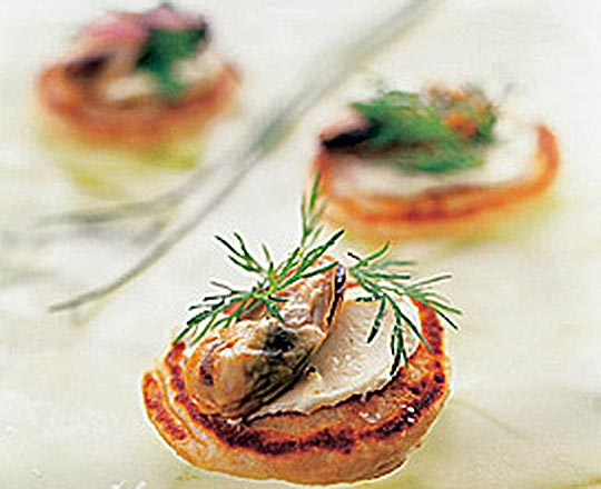 Wholemeal Blinis with Smoked Mussels