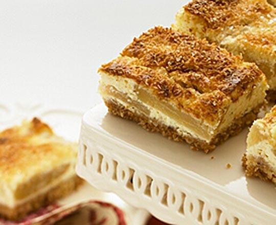 Apple Cheesecake Slice
