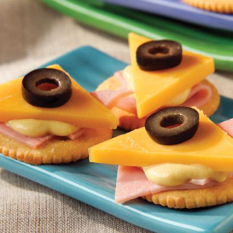 Ham and Cheddar Snacks Recipe